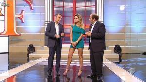 Lola Ponce dans Ale E Franz Show - 18/12/11 - 06