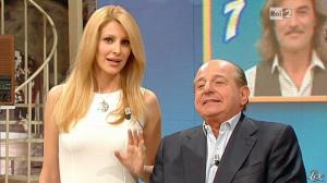 Adriana Volpe dans I Fatti Vostri - 04/03/13 - 16