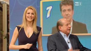 Adriana Volpe dans I Fatti Vostri - 07/03/13 - 48