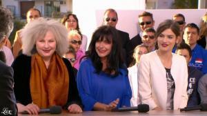 Alma Jodorowsky dans le Grand Journal de Canal Plus - 24/05/13 - 09