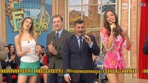 Arianna Rendina et Laura Barriales dans Mezzogiorno in Famiglia - 17/03/13 - 65