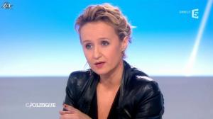 Caroline Roux dans C Politique - 24/03/13 - 34
