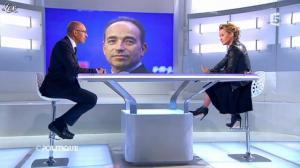 Caroline Roux dans C Politique - 24/03/13 - 37