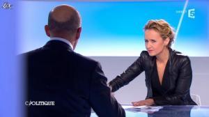 Caroline Roux dans C Politique - 24/03/13 - 38