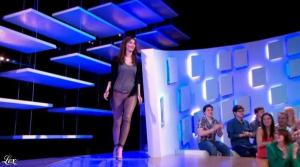 Doria Tillier dans le Grand Journal de Canal Plus - 18/04/13 - 02