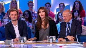 Doria Tillier dans le Grand Journal de Canal Plus - 18/04/13 - 11