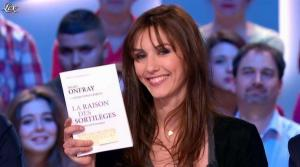 Doria Tillier dans le Grand Journal de Canal Plus - 18/04/13 - 12