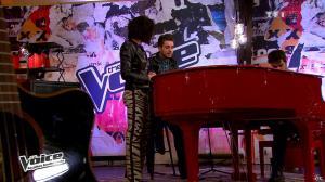 Jenifer Bartoli dans The Voice - 04/05/13 - 05