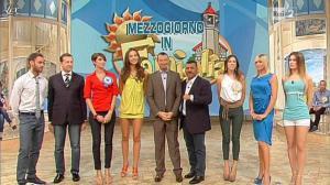 Laura Barriales, Arianna Rendina et Matilde Brandi dans Mezzogiorno in Famiglia - 27/10/12 - 30