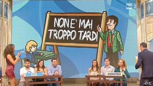 Laura Barriales dans Mezzogiorno in Famiglia - 02/12/12 - 09
