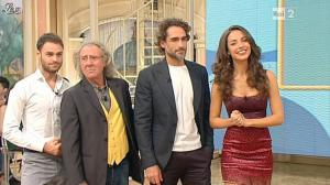 Laura Barriales dans Mezzogiorno in Famiglia - 02/12/12 - 16