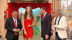 Laura Barriales dans Mezzogiorno in Famiglia - 30/12/12 - 017