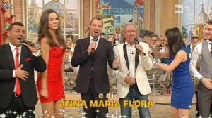 Lorena Bianchetti et Laura Barriales dans Mezzogiorno in Famiglia - 30/12/12 - 004