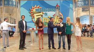 Stefania Orlando, Arianna Rendina et Laura Barriales dans Mezzogiorno in Famiglia - 02/12/12 - 23