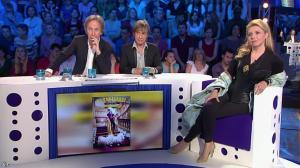 Elizabeth Vidal dans On n'est pas Couché - 19/04/14 - 04