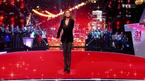 Sandrine Quétier dans le 31 Tout Est Permis - 31/12/13 - 01