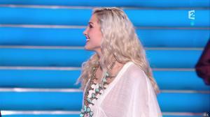 Camille Lou dans le Grand Show - 28/02/15 - 01