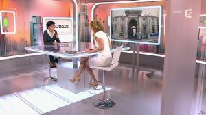 Caroline Roux et Rachida Dati dans C Politique - 08/03/15 - 27