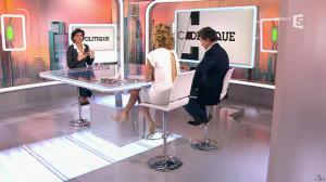 Caroline Roux et Rachida Dati dans C Politique - 08/03/15 - 29