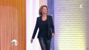 Corinne Touzet dans Comment Ça Va Bien - 23/02/15 - 02