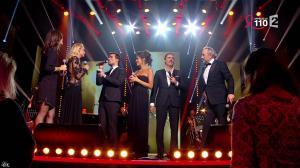 Elodie Gossuin, Tania Young et Laurie Cholewa dans la Télé Chante pour le Sidaction - 28/03/15 - 02