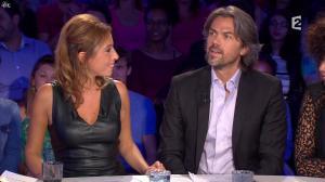Léa Salamé dans On n'est pas Couché - 13/09/14 - 06