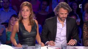 Léa Salamé dans On n'est pas Couché - 13/09/14 - 15