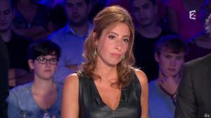 Léa Salamé dans On n'est pas Couché - 13/09/14 - 20