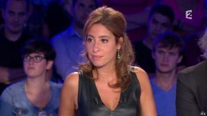 Léa Salamé dans On n'est pas Couché - 13/09/14 - 27