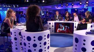 Léa Salamé dans On n'est pas Couché - 13/09/14 - 38