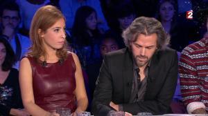 Léa Salamé dans On n'est pas Couché - 20/12/14 - 32