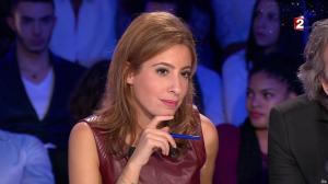 Léa Salamé dans On n'est pas Couché - 20/12/14 - 57