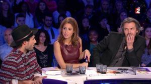 Léa Salamé dans On n'est pas Couché - 20/12/14 - 59