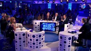 Léa Salamé dans On n'est pas Couché - 22/11/14 - 25
