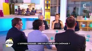 Valérie Durier dans la Quotidienne - 26/01/15 - 01