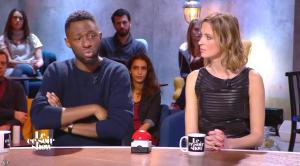 Isabelle Ithurburu dans le Ce Soir Show - 30/12/15 - 33