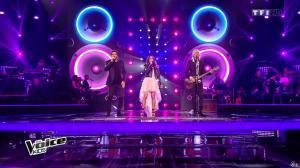 Jenifer Bartoli dans The Voice Kids - 23/10/15 - 11