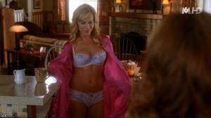 Julie Benz et Dana Delany dans Desperate Housewives - 11/11/15 - 04
