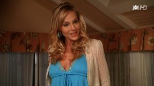 Julie-Benz--Desperate-Housewives--10-11-15--05