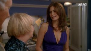 Teri Hatcher dans Desperate Housewives - 02/12/15 - 04