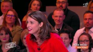 Julia Vignali dans c'est Que de la Télé - 11/12/17 - 03