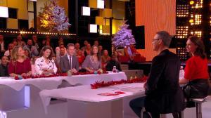 Julia Vignali dans c'est Que de la Télé - 11/12/17 - 05