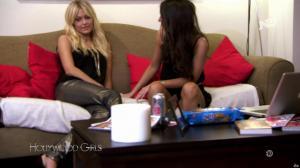 Laura Coll et Caroline Receveur dans Hollywood Girls - 29/11/17 - 02