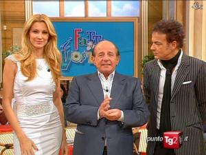 Adriana Volpe dans I Fatti Vostri - 17/11/09 - 01