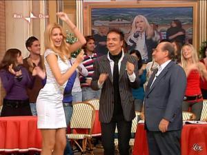Adriana Volpe dans I Fatti Vostri - 17/11/09 - 07
