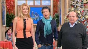 Adriana Volpe dans I Fatti Vostri - 20/12/11 - 07