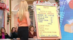 Adriana Volpe dans I Fatti Vostri - 20/12/11 - 08