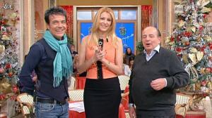 Adriana Volpe dans I Fatti Vostri - 20/12/11 - 09