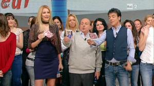 Adriana Volpe dans I Fatti Vostri - 24/11/11 - 04