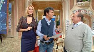 Adriana Volpe dans I Fatti Vostri - 24/11/11 - 13